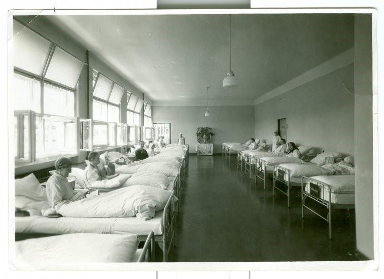 Brno Nursing Home (1934)